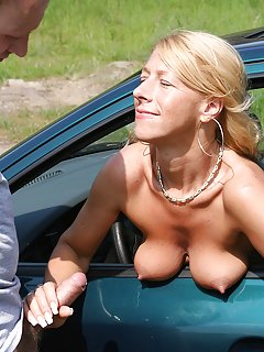 Sexy Outdoor Milf Pictures