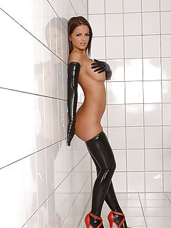 Hot Latex Milf