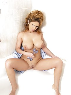 Bath Milf Pictures