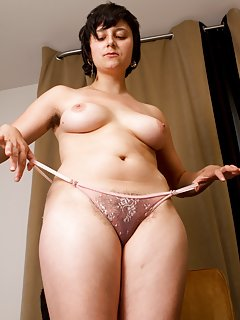 Milf in Panties Pictures