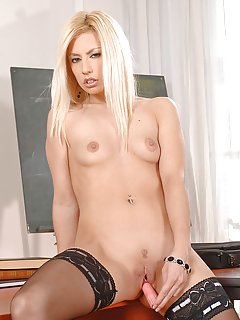 Masturbating Milf Pictures